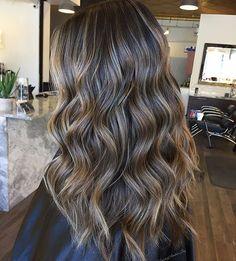 Love Love Love this color. Brunette babylights by @hairbyamberjoy  #hair #hairenvy #hairtalk #haircolor #brunette #balayage #highlights #newandnow #inspiration #maneinterest by maneinterest