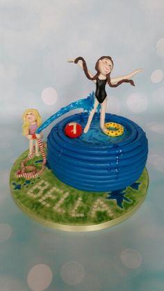 Gravity swimming cake