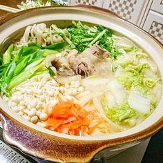 お家でジビエ料理です。猪肉をいただいたのでぼたん鍋にしてみました。 - 13件のもぐもぐ - ぼたん鍋 by keiichi