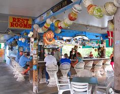 Where to Stop and Eat on the Drive From Miami to Key West - Eater Miamiclockmenumore-arrow : Expect a lot of seafood and key lime pie Florida Vacation Spots, Visit Florida, Florida Living, Florida Travel, Florida Trips, Destin Florida, Vacation Ideas, Half Moon Bay, Key West Florida