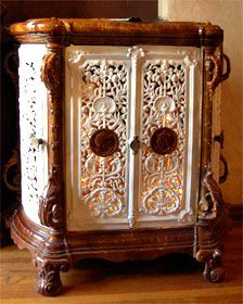 Le Potager specializes in decor for your Home and Garden Antique Cast Iron Stove, Antique Stove, Outside Wood Stove, French Stove, Waterfall Furniture, Old Stove, Vintage Stoves, Cooking Stove, Stove Fireplace