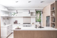Top 5 Homes of the Week With Captivating Kitchens - Dwell
