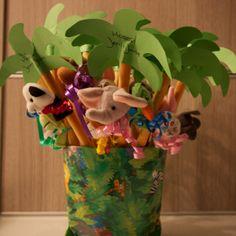 Jens 1 jaar! Soepstengels met vingerpopjes in Junglebos