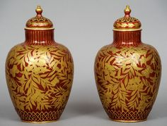 Par de vasos em porcelana Inglesa do sec.19th, 27,5cm de altura, 2,700 USD / 2,410 EUROS / 9,650 REAIS / 17,210 CHINESE YUAN https://soulcariocantiques.tictail.com