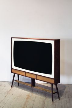 Y E S T E R D A Y V I S I O N Walnut enclosure for LCD/TV monitors in all different sizes / American walnut & brass / different sizes / 2012 . Modern Tv Wall, Mid-century Modern, Pied Support Tv, Retro Tv Stand, Tv Vintage, Rack Tv, Home Tv, Mid Century Decor, Tv Cabinets