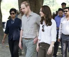 Prins William en hertogin Kate op safari en dit droeg Kate (VIDEO)