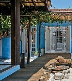 Beach cottage - courtyard