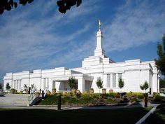 Juarez, Mexico Temple. 71st operating temple and the temple I was married in back in Aug 2006