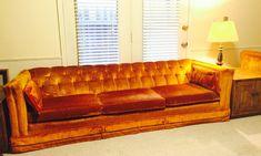 Beautiful Vintage tuffed orange velvet couch a original by lee harvey for MADDOX – Haute Juice Tufted Couch, Velvet Couch, Couch And Loveseat, Couches, Orange Couch, Bar Interior Design, Vintage Velvet, Home Decor Inspiration