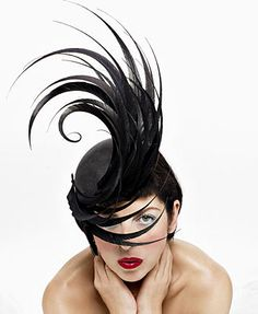 Isabella Blow in Philip Treacy