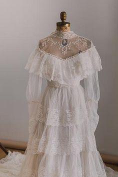 Old Fashioned Wedding Dresses, Old Wedding Dresses, Fairy Wedding Dress, Vintage Dresses, Vintage Bride Dress, Indie Wedding Dress, 1970s Wedding Dress, Edwardian Wedding Dresses, Nontraditional Wedding Dresses
