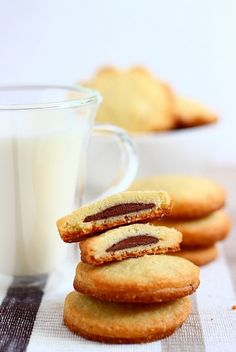 Nutella Sables- I wish I could find the recipe in English!