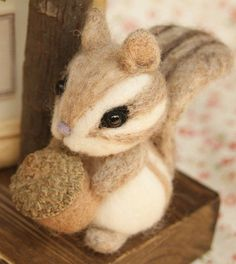 DIY needle felting kit DIY handmade supplies Japanese Felt Wool Kit needle work handcraft phone hanging key ring accessories cutie squirrel