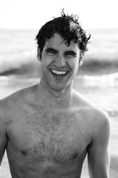 Darren Criss. Ooooooooweee! He is so fine!
