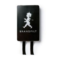 BRANDFILT – SVART via Solstickan Design. Click on the image to see more!