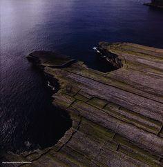 https://flic.kr/p/FNc1PY   Explore Islands of Ireland; 2014_2   by worldtravellib World Travel library