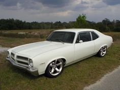 1972 Pontiac Ventura Maintenance/restoration of old/vintage vehicles: the material for new cogs/casters/gears/pads could be cast polyamide which I (Cast polyamide) can produce. My contact: tatjana.alic@windowslive.com