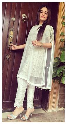 Day by day i'm falling in love with pakistani style everyday. I am stunned to…