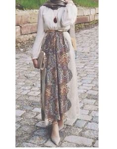 Long and modest hijab outfits http://www.justtrendygirls.com/long-and-modest-hijab-outfits/