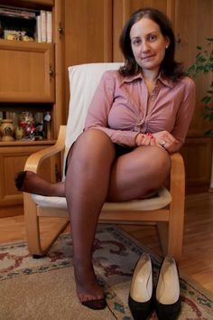 Nylon Wives Mature Pantyhose Galleries Black 27