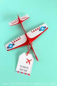 Airplane Valentine with FREE Printable - such a cute idea!