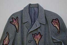 Trompe L'Oeil Threads Artist Ron Isaacs constructs these vintage clothing and plant material reliefs out of Finnish birch plywood and then finishes them with acrylic paint.: