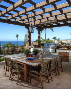 18+ Ultimate Outdoor Kitchen Ideas For Dining Al Fresco #outdoors #outdoorliving #dining #kitchen