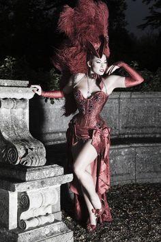 Burlesque dancer ~ Immodesty Blaize