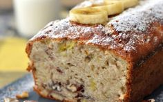 Salted Caramel Pear Bread With Streusel Topping- and take a closer look at the inside.oh so pretty! Oat Bread Recipe, Pear Bread, Caramel Pears, Homemade Banana Bread, Streusel Topping, Cake Cover, Banana Bread Recipes, Quick Bread, Coffee Cake