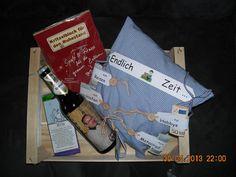 Geldgeschenk zum Rentenbeginn - Bauanleitung zum Selberbauen - 1-2-do.com - Deine Heimwerker Community Diy Gifts, Stampin Up, Birthday Gifts, Diy And Crafts, Packaging, Cool Stuff, Bosch, Creative, Inspiration