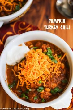 Super Healthy Pumpkin Turkey Chili Recipe ~ http://jeanetteshealthyliving.com