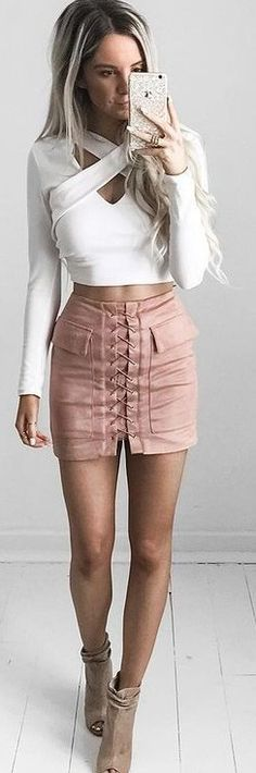 How to Look Chic and Sensual: Amazing Outfit Ideas from Kirsty Fleming Summer Outfits Women, Casual Summer Outfits, Night Outfits, Cool Outfits, Fashion Outfits, Nye Outfits, Fashion Shorts, Women's Fashion, Party Outfits