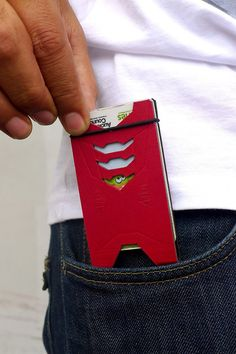 awesome-design-ideas-Cardboard-Card-Wallets-Bhavesh-Bhuthadia-1