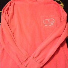 Ivory Ella sweater A coral Ivory Ella sweater only wore it once! Size small but could also fit someone who's a medium! offers always welcome Ivory Ella Tops Sweatshirts & Hoodies