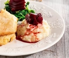 Σκορδαλιά με πατάτα της Αργυρώς | Συνταγή | Argiro.gr Holiday Recipes, Mashed Potatoes, Seafood, Cooking, Ethnic Recipes, Drink, Random, Whipped Potatoes, Sea Food