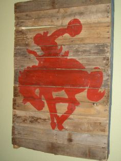 Cowboy pallet wall hanging from XOForTheHome on etsy Western Crafts, Western Decor, Country Decor, Rustic Decor, Western Art, Rodeo Crafts, Rustic Chic, Cowboy Bedroom, Wood Crafts