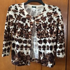 J. Crew Floral sweater J.Crew floral button up cardigan. 3/4 sleeves. Wood buttons. Excellent condition. J. Crew Sweaters Cardigans