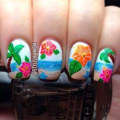 Hawaiian Aloha Nail Art