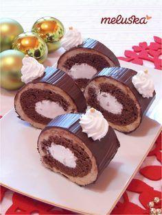 Karácsonyi gesztenye alagút Hungarian Desserts, Hungarian Recipes, My Recipes, Cookie Recipes, Favorite Recipes, Poppy Cake, Sweet And Salty, No Bake Desserts, Diy Food