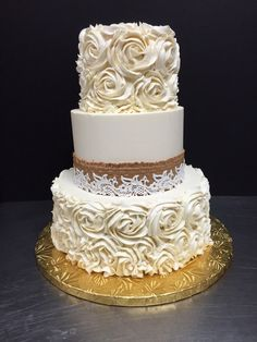 Burlap, lace and roses