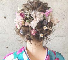 和装は髪型次第‼︎誰もがうっとりする素敵な和美人になれる《和装ヘア》を白無垢と色打掛ごとに紹介♪ 流行のスタイルでオシャレ花嫁になろう♡