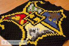 Square #1: The Hogwarts Crest (Harry Potter CAL)   Two Hearts Crochet