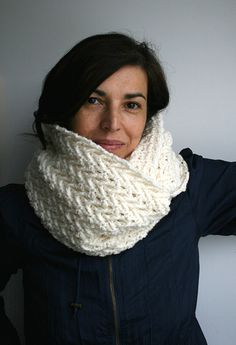 Lace Cowl 118 Crochet Pattern