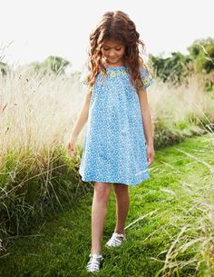 I've spotted this @BodenClothing Embroidered Smock Dress