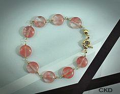 Pulseira em banho de ouro 18K com Cristais Cherry. www.ckdsemijoias.com.br