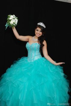 Discount 2014 Lovely Sweetheart Crystals Ball Gown Quinceanera Dresses with Lace-up Back Blue Organza Beading Ruffles Sexy Quinceanera Prom Gowns Online with $124.4/Piece | DHgate