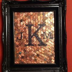 Traditional gift for wedding anniversary is copper. Pennies + old frame with… Traditional gift for wedding anniversary is copper. Pennies + old frame with new paint + initials = anniversary gift! 7 Year Anniversary Gift, Copper Anniversary Gifts, 7th Wedding Anniversary, Anniversary Traditions, Homemade Anniversary Gifts, Anniversary Gifts For Husband, Painted Initials, Traditional Anniversary Gifts, Copper Gifts