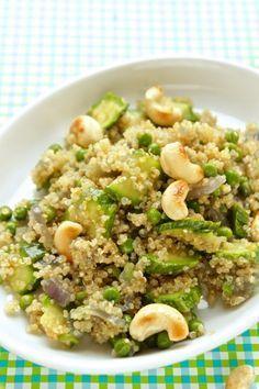 Insalata di quinoa vegana. Light Recipes, Raw Food Recipes, Vegetarian Recipes, Cooking Recipes, I Love Food, Good Food, Healthy Recepies, Healthy Cooking, Food Inspiration