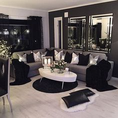 Home Decoration - 80 Stunning Small Living Room Decor Ideas For Your Apartment 06 – DECOOR - Wallpaper Pinme Home Living Room, Apartment Living, Interior Design Living Room, Living Room Designs, Cozy Apartment, Cheap Apartment, Gray Interior, Design Interiors, Bathroom Interior