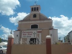 """Parroquia San Jose"" is situated close to the square"